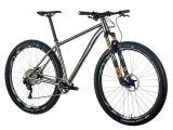 Bicicleta mtb PILOT Primum V2 titanio 29″